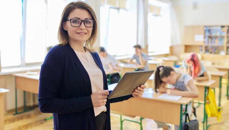 Оснащение учителей цифровыми рабочими местами и планшетами