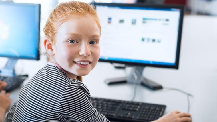 Заявление Мишустина: к концу года сеть Интернет будет во всех школах России