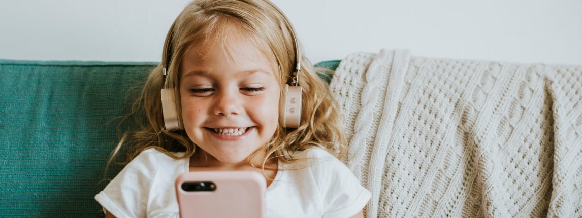 Результаты опроса: четверть детей и подростков проводят свое свободное время в соцсетях
