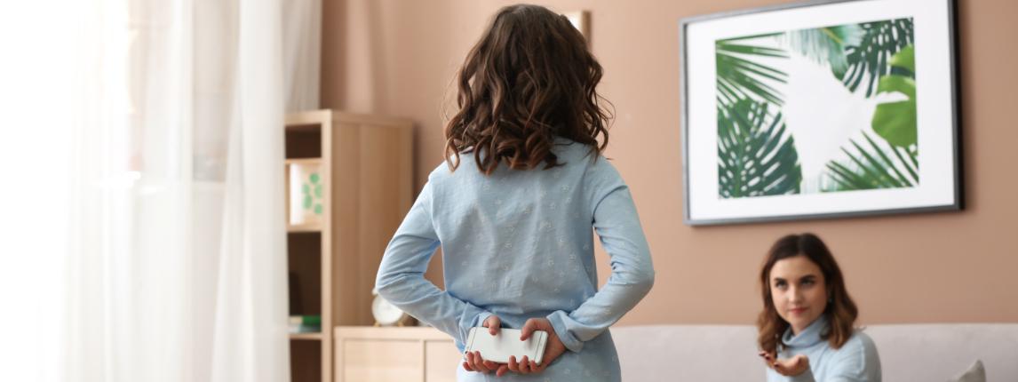 Данные исследования: 65% подростков что-то скрывают от родителей