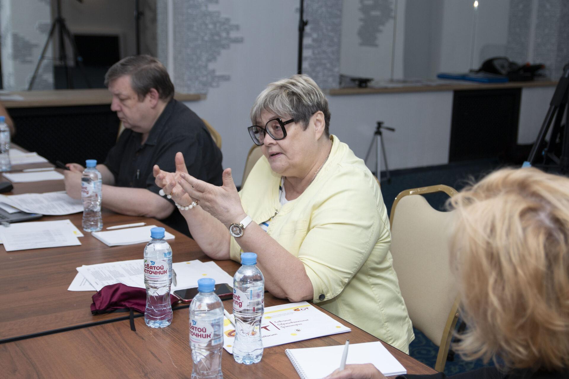 Комиссия рассмотрела 1850 заявок на гранты СОТ 2021: эксперт Ирина Абанкина и Алексей Воронцов