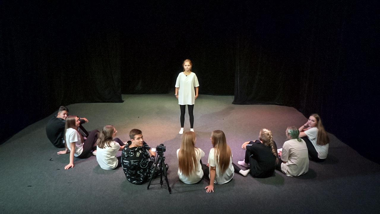 Образовательная экспедиция СОТ в Рязанской области: урок театрального мастерства в театре «Предел»
