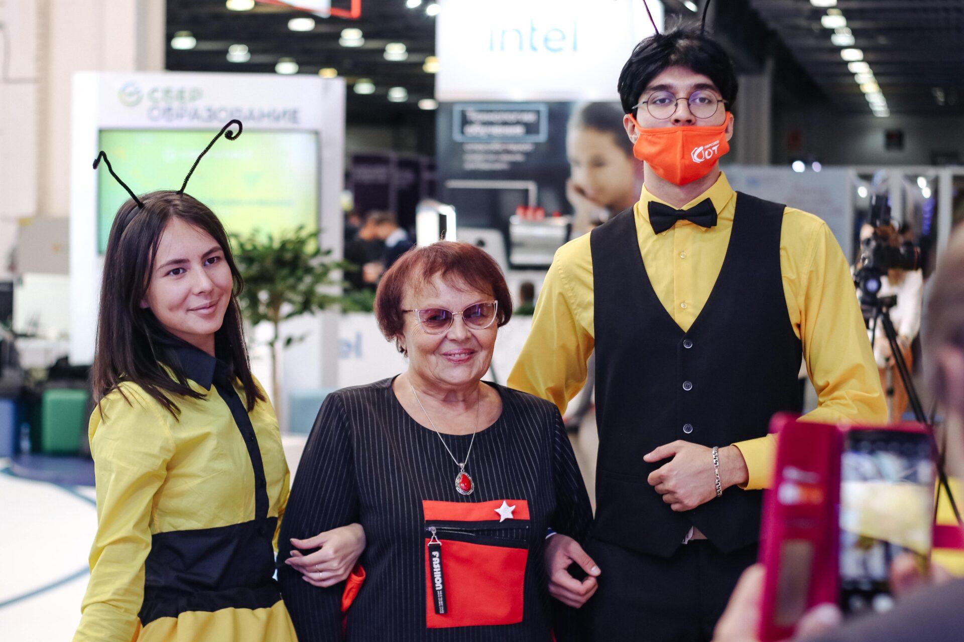 Участники выставки ММСО 2021 с командой Обрсоюза